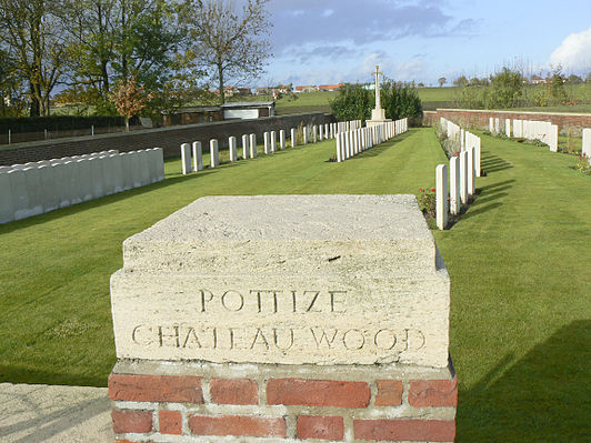 Potijze Château Wood Commonwealth War Graves Commission Cemetery