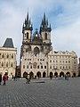 Praha, Staroměstské náměstí a Týnský chrám - panoramio.jpg