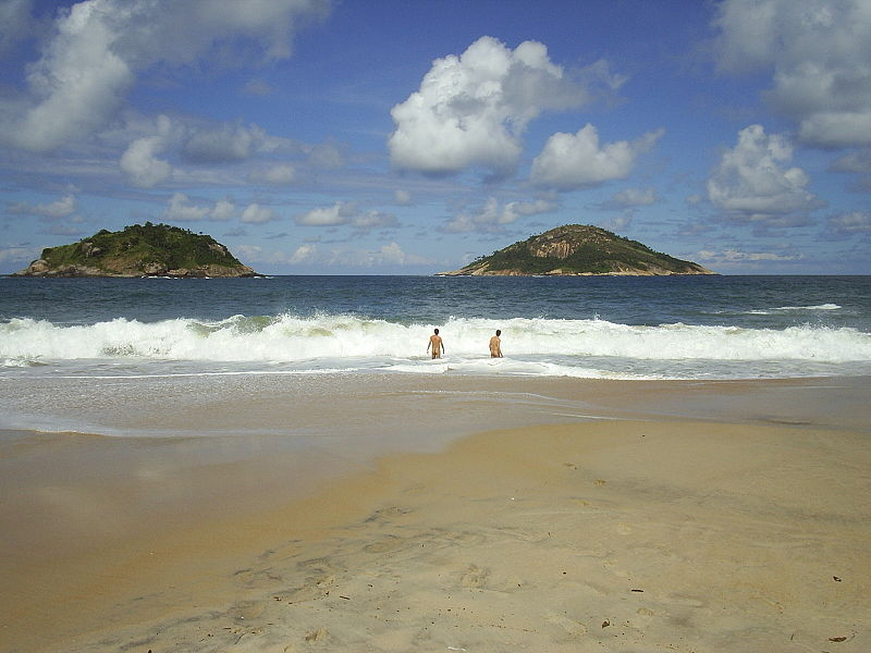 Praia do Abrico.jpg