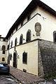 Pratovecchio, palazzo con stemma 02.JPG