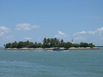 Pulau Palawan - Image: Pulau Palawan seen from Siloso Beach, Sentosa, Singapore 20060805