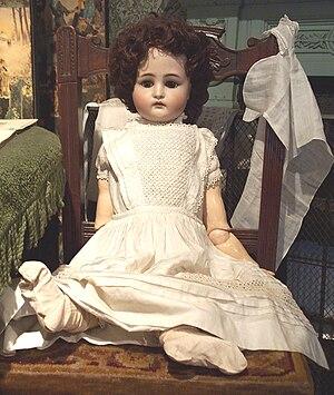 Simon & Halbig - Image: Queenie Doll
