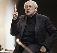 Дирижёр Национального симфонического оркестра США, 1993 год