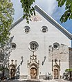 Radovljica Linhartov Trg Pfarrkirche hl Petrus Westfassade mit Portalen 24062016 2841.jpg