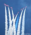Red Arrows (11177369573).jpg