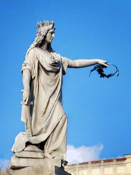 Reggio calabria monumento all'italia
