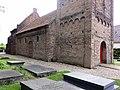 Ressen Rijksmonument 8944 NH kerk metselversiering.JPG