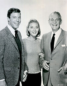 Richard Chamberlain (Dr. Kildare), Daniela Bianchi and Raymond Massey (Dr. Gillespie) from the television program Dr. Kildare in 1964