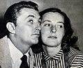 Robert Dorothy Mitchum.jpg