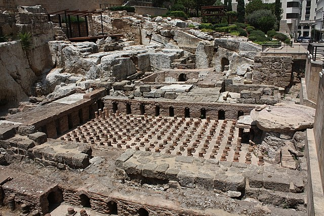 File Roman Baths Beirut Jpg Wikimedia Commons
