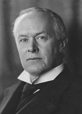 Ronald Munro Ferguson, 1st Viscount Novar - Image: Ronald Munro Ferguson (Barnett 02)