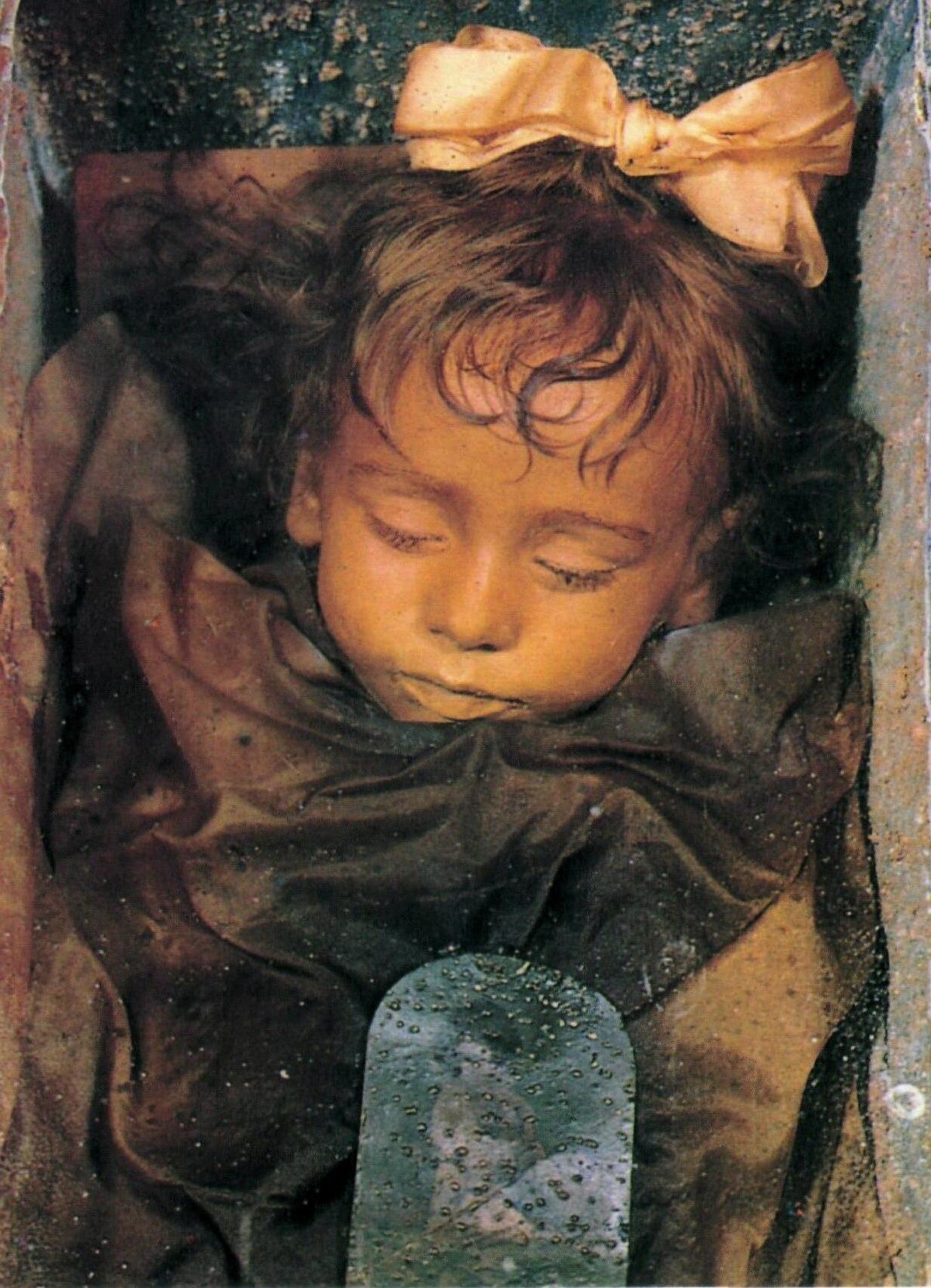 Картинки по запросу Спящая красавица Палермо
