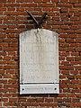 Rouvroy-sur-Serre (Aisne) plaque monument aux morts.JPG