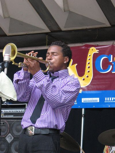 Picture of a band or musician: Roy Hargrove