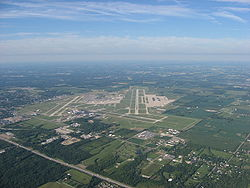 Runway 24R, Dayton International Airport.jpg