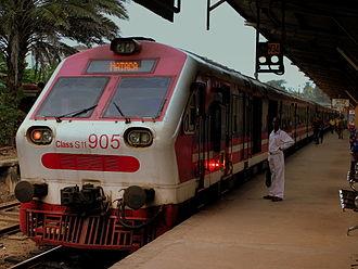 Coastal line (Sri Lanka) - Intercity train at Galle Station