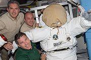 STS132 Good Bowen Reisman fd7