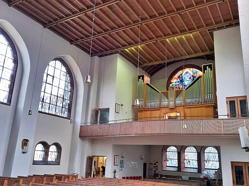 Datei:Saarbrücken-Burbach, Matthäuskirche (Ott-Orgel) (16).jpg
