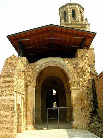 Sahagún - Image: Sahagun Capilla de San Mancio 1
