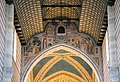 San Zeno Maggiore Inside 1 (14370758909).jpg