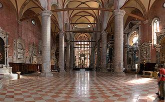Santi Giovanni e Paolo, Venice - Image: Santi Giovanni e Paolo Venice interior 01