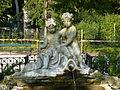 Schönbrunn Engelbrunnen.JPG