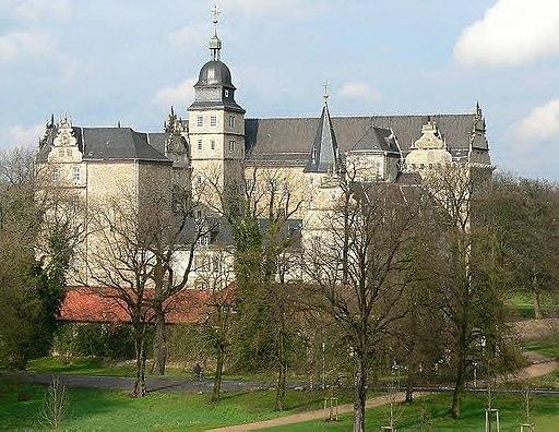 Schloss Wolfsburg Sued West