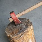 A long maul (a form of large axe)