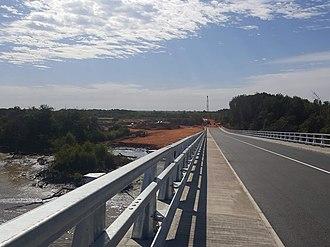 Senegambia bridge - Image: Senegambia Bridge Peak Southward View