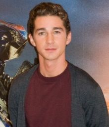 Shia LaBeouf presentant Transformers: Revenge of the Fallen (2009)