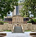 Shrine of Remembrance, seen from ANZAC Square, Brisbane, 2020.jpg