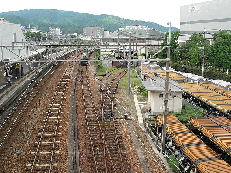 File:Small Classification yard of Ishiyama Station DSCN0458 20050914.JPG