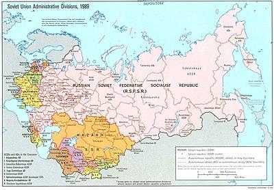 Carte montrant les dernières divisions administratives des Républiques de l'URSS (1989) avant son effondrement (1991).