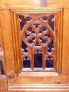 St.Oswald - Kirchengestühl Ornament 3.jpg