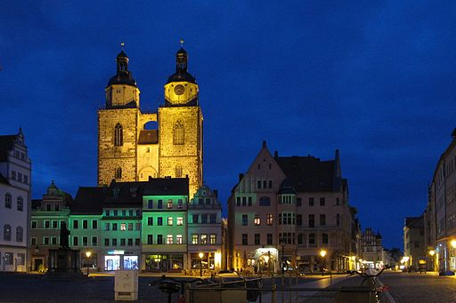 Stadtkirche Wittenberg bei Nacht