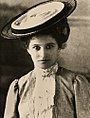 StateLibQld 1 132831 Head and shoulders portrait of a young woman, 1900-1910.jpg