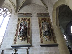 Saint-Brieuc Cathedral - The statues of Saint-François de Sales and Saint-Vincent-de-Paul