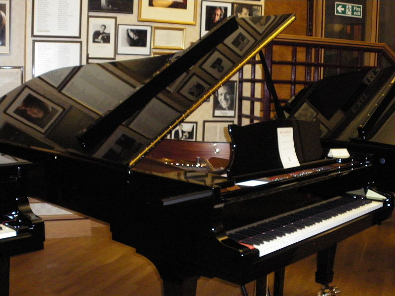 A Steinway piano in perfect condition.