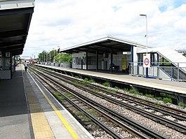 Station de Stonebridge Park, London Transport - geograph.org.uk - 879904.jpg