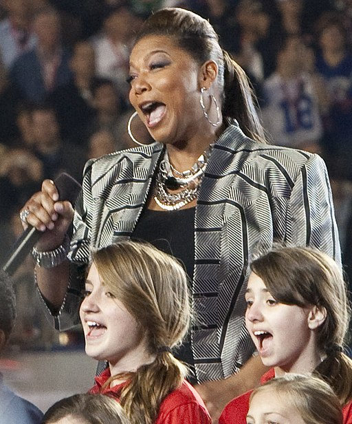 Super Bowl 44 Queen Latifah God Bless America (4344821074) (cropped)