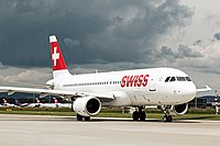 Swiss International Airlines A320 HB-IJR at LSZH.jpg
