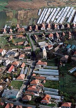 Szentlőrinckáta légifotó.jpg