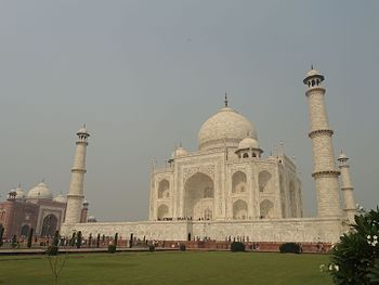 Taj Mahal,Agra,India 07.jpg