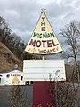 The Wigwam Motel Sign, Cherokee, NC (31700473937).jpg