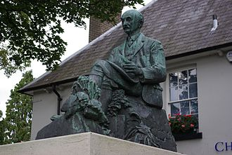 Dorchester, Dorset - Statue of Thomas Hardy beside The Grove, north of High West Street