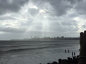 Marine Drive, Mumbai - Dark sky, falling light on the city mumbai.