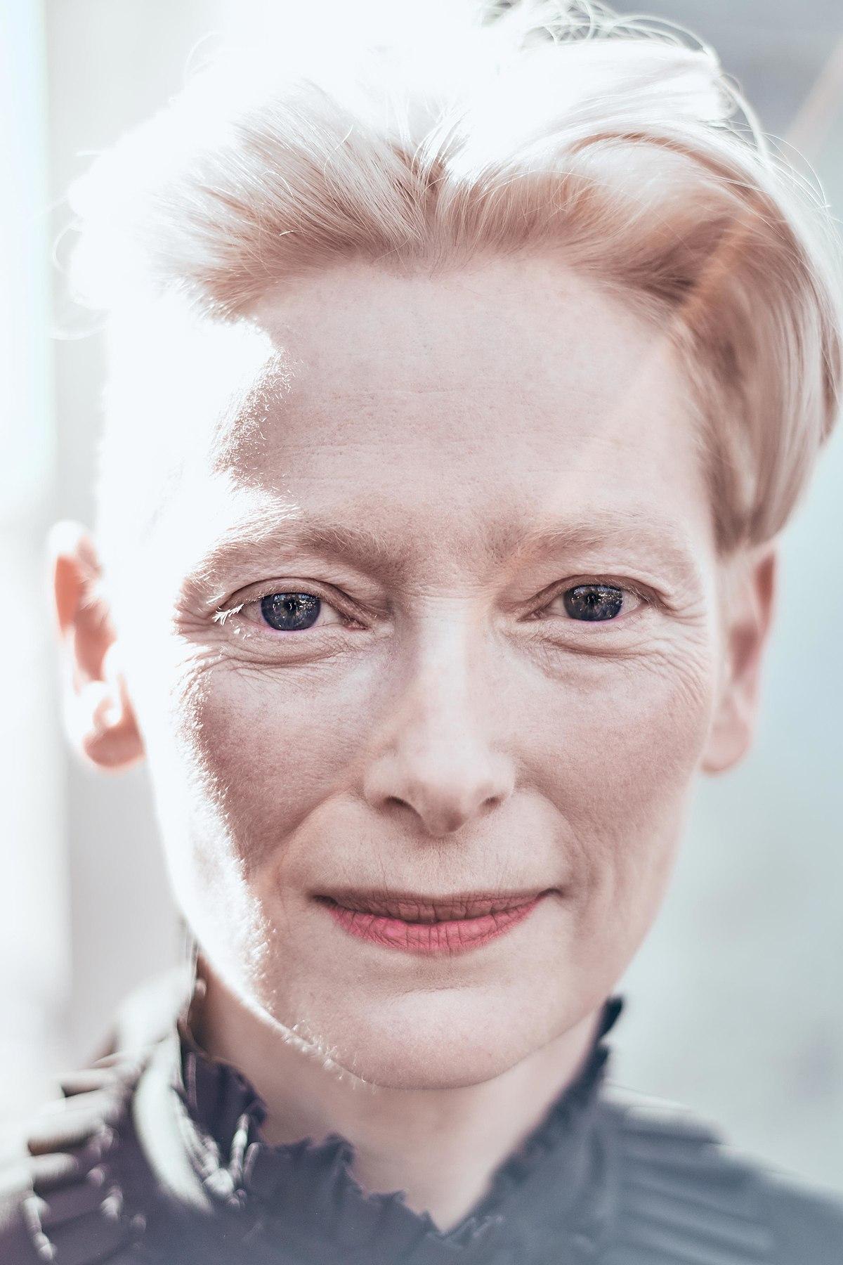 Tilda Swinton - Wikipedia