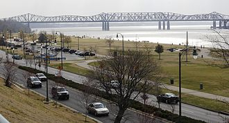 Geography of Memphis, Tennessee - Three bridges over the Mississippi, view from Tom Lee Park (2007)
