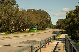 Tonkin Highway - View south along Ferres Drive in Gosnells, towards Albany Highway. This road is a former section of Tonkin Highway that was bypassed when the extension to Thomas Road was constructed.