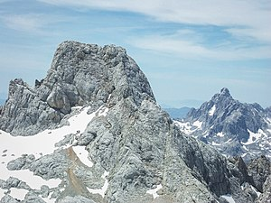 Torre de Cerredo, 2,650 m. The highest summit ...
